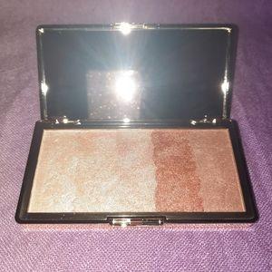 Glowdient Makeup Pallette